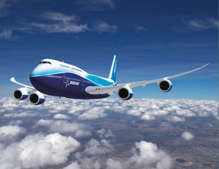 چند عکس از وائل - صفحة 6 Boeing-747-8-Intercontinental-1